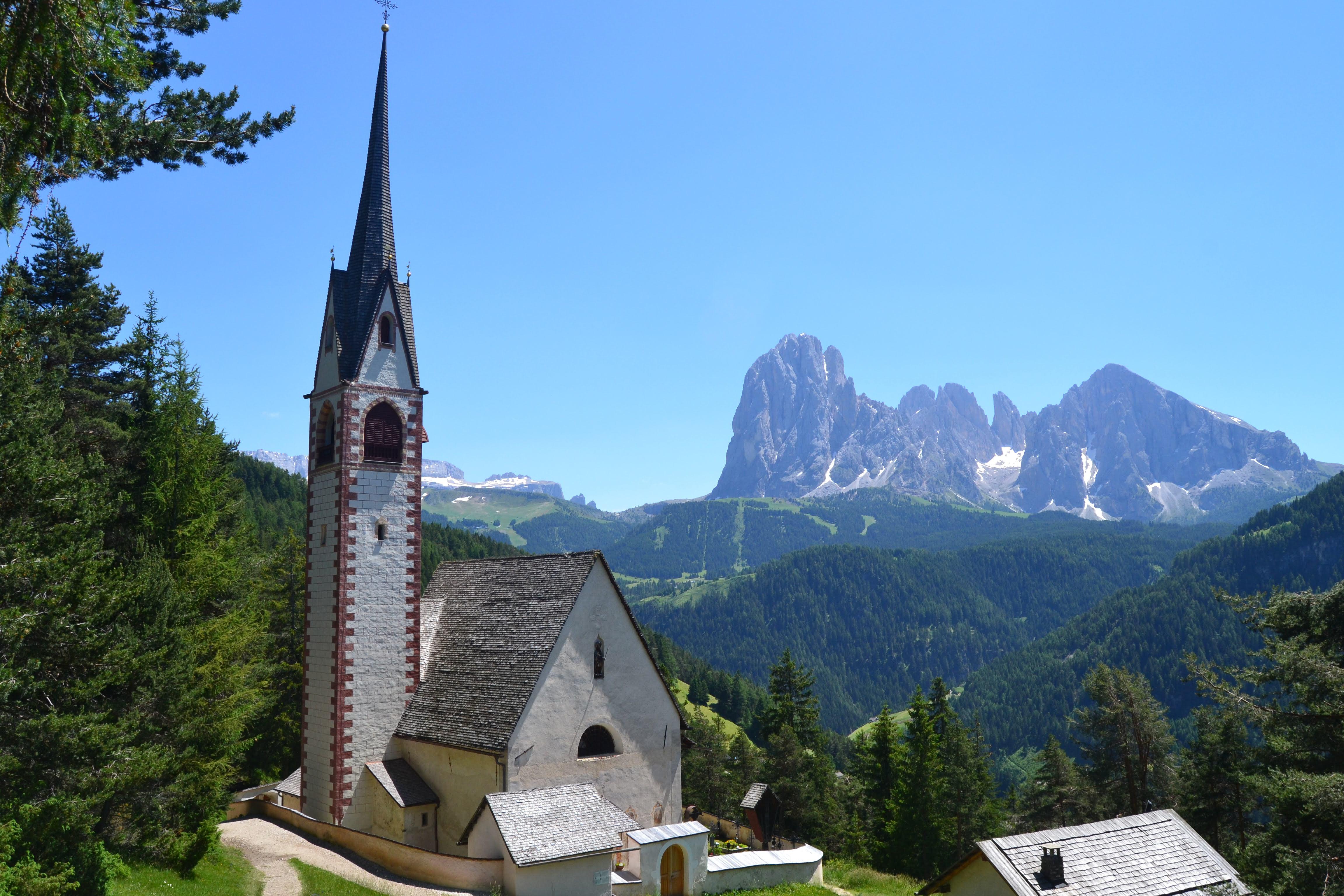 La Chiesa di San Giacomo: un posto magico in Val Gardena