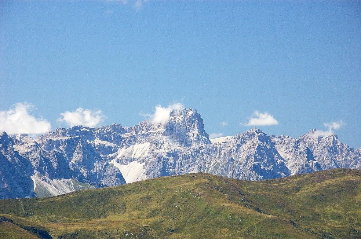 Al Rifugio Vallaccia e Cima Undici nella magica Val Monzoni