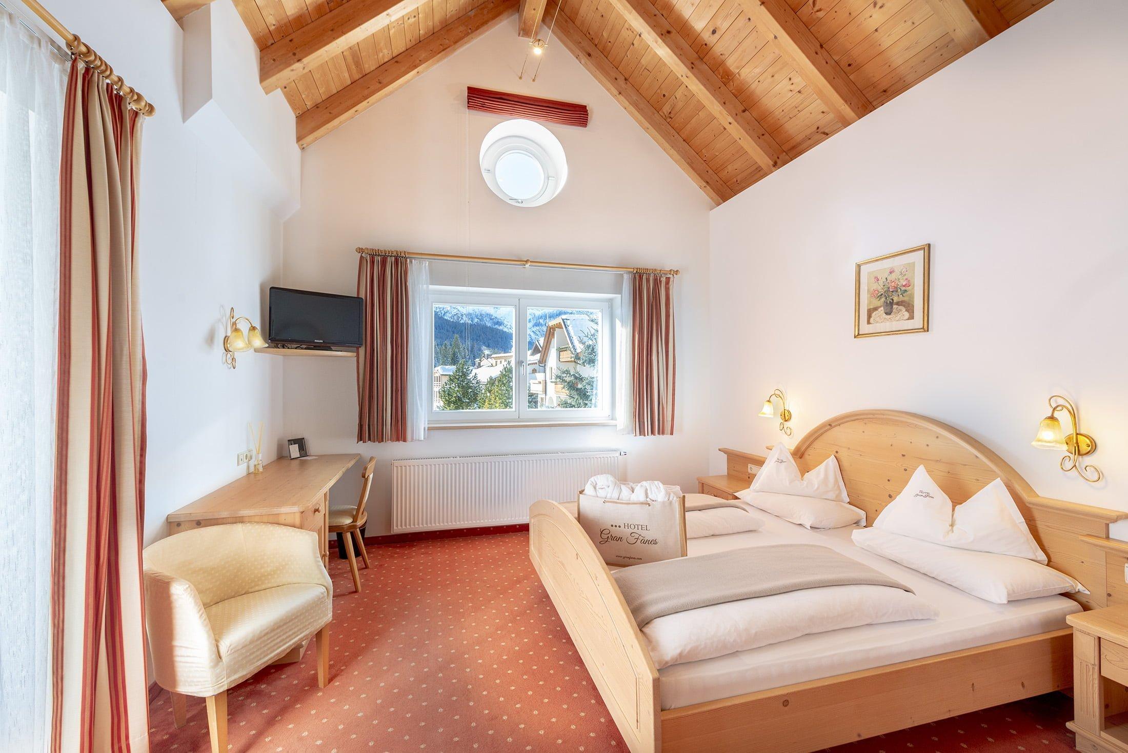 Vivi un'atmosfera magica sulle Dolomiti: Hotel Gran Fanes di Corvara