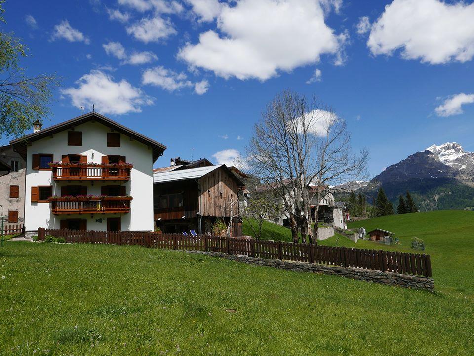 Cambiare vita e trasferirsi sulle Dolomiti: la storia di Charlotte e Hans al Rocca Bruna B&B