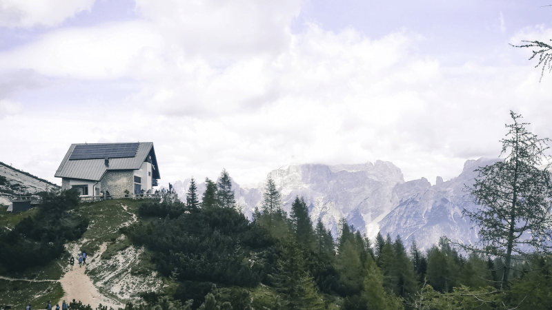 Da Passo Staulanza al Rifugio Venezia: escursione alle pendici del Monte Pelmo